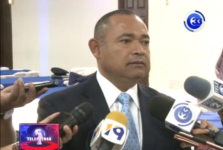 Ministro de justicia pide aprobación de presupuesto