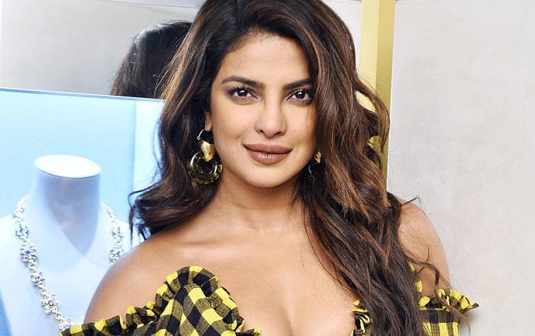 Priyanka Chopra hace una espectacular despedida de soltera