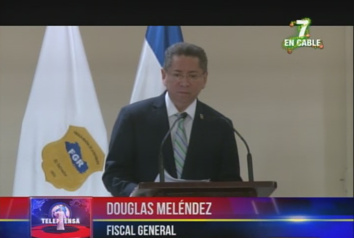 FGR presenta manual de actuaciones del fiscal electoral