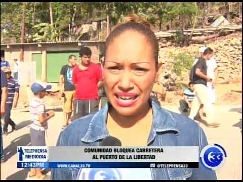 Comunidad bloquea carretera al puerto de La Libertad