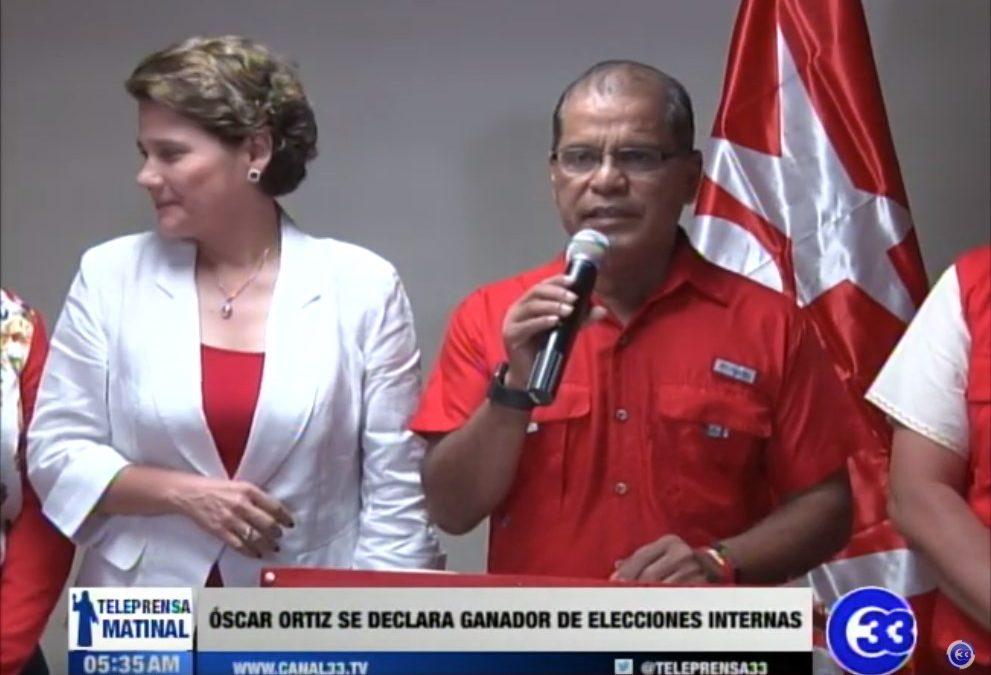 Óscar Ortiz se proclama ganador de las elecciones internas del FMLN